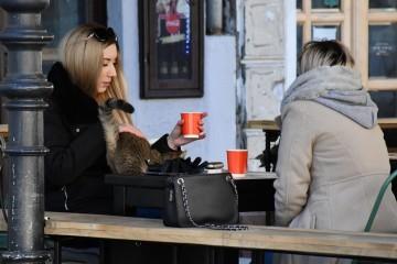 Kako je prošao prvi tjedan prodaje kave za van: 'Mnogi najavljuju zatvaranje, ova mjera služi samo za jednu stvar'
