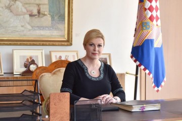 Kolinda Grabar Kitarović: Dočekajmo Božić kao blagdan radosti života