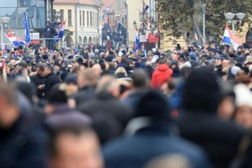 Vukovar u medijskom željeznom obruču