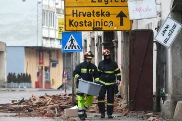Banovina je najveći krimen hrvatskih vlasti: Dvadeset pet godina nakon rata tamo je i dalje jednaki užas, a kad vam udari potres ili dođu vukovi - pošaljite e-mail