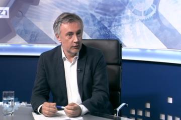 "(VIDEO) DR. MIROSLAV ŠKORO EKSKLUZIVNO U BUJICI: ""Pokrenuo bih zabranu SDSS-a!"""