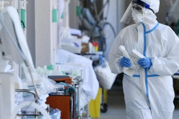 U zadnja 24 sata 1.321 novi slučaj zaraze, umrla 21 osoba, oporavilo ih se 998