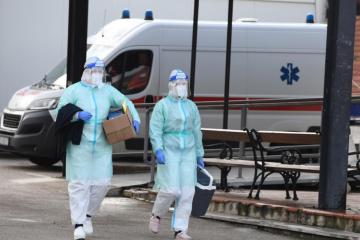 STOŽER IMA DANAŠNJE BROJKE: Preminulo 14 osoba, u posljednja 24 sata zabilježena su 264 nova slučaja zaraze
