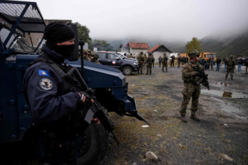 PUCNJAVA NA KOSOVU: Vučić obišao vojnike, diže moral! Poslao ultimatum NATO-u! Hoće li preći granicu?
