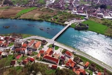 HRVATSKA SRAMOTA: Iz ovog grada je i gradonačelnik odselio za – Njemačku!