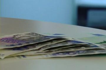 Od idućeg lipnja cijene u trgovinama će biti iskazane i u kunama i u euru
