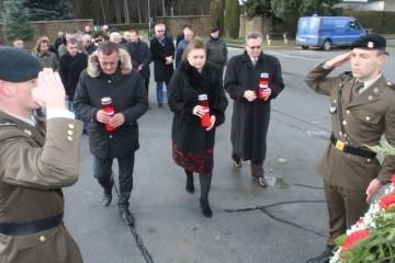 TUŽAN DAN SJEĆANJA Obilježena 28. obljetnica ukopa hrvatskih branitelja poginulih u Kusonjama