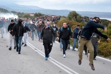 Stanovnici Lezbosa priječe iskrcaj migranata