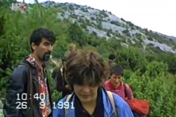 24. rujna 1991. Zločini srpske agresorske vojske (Lovinac, Gračac) – masakrirano i živo zapaljeno 45 Hrvata, a ostali se spasili bijegom preko Velebita