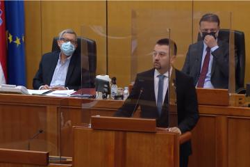 Pavliček: Što bi napravili Vučić i Pupovac kad bi Hrvatska uvela 'kordunaški', 'banijski' ili 'vlaški' kao službeni jezik?