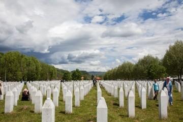 Majke Srebrenice: Procesuirati ratne zločine u BiH, a ne hrvatske generale