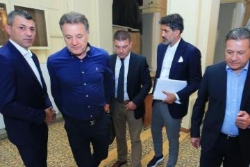 Mamićev konačni pad i strah u očima Dinamovih šefova: Sad počinje izdaja najvećih ulizica. Oni će najjače cipelariti!
