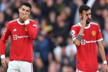 Liverpool doslovno demolirao Manchester United; na Old Traffordu je pukla 'petarda', a Mo Salah je zabio hat-trick