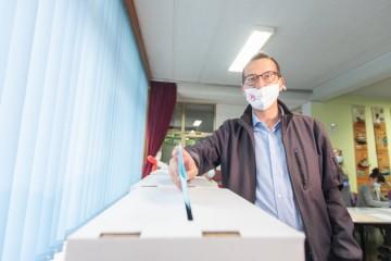 Izlazne ankete- Rijeka: 11 mandata u Gradskom vijeću koaliciji s SDP-om na čelu