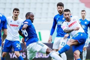 Dinamo poveo, Hajduk izjednačio: Majer i Livaja iskoristili kardinalne pogreške Fossatija i Lauritsena