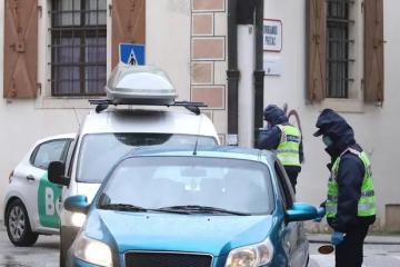 Ovako se sada dolazi na Gornji grad: Kontroliraju sve aute...