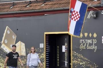 "Maruška Vizek: ""Bi li nam obećane europske milijarde zvučale dobro i da nam opale porez na nekretnine?"""