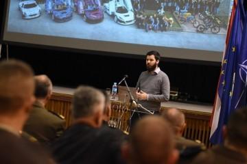 Mate Rimac održao predavanje kadetima na Hrvatskom vojnom učilištu 'Dr. Franjo Tuđman'