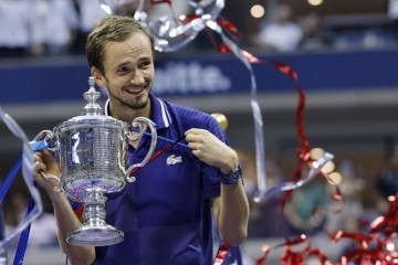 US OPEN  Daniil Medvedev pregazio  Novaka Đokovića i  s uvjerljivih 3:0 stigao do naslova u New Yorku