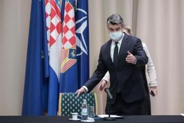 NOVI ZAPLET: Milanović mora obrazložiti zašto neće Sessu i Savića