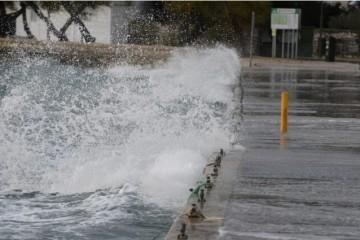 ČUVAJTE SE OLUJNOG VJETRA: Za dijelove Hrvatske izdana žuta i narančasta upozorenja, na moru može biti opasno