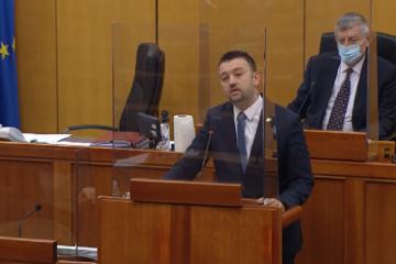 VIDEO Pavliček u Saboru pročitao imena 34 poginule i nestale vukovarske djece