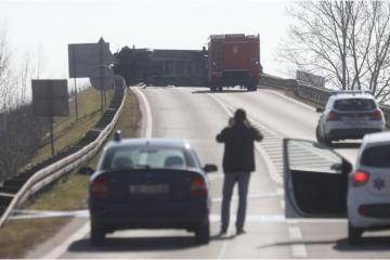 Policijski očevid otkrio: 19-godišnjak skrivio tešku nesreću u kojoj je poginula jedna osoba