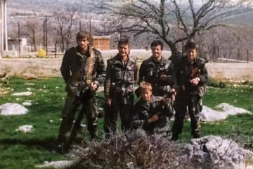 ONI SU HEROJI! Skupina hrabrih hrvatskih branitelja iz Paljuva u tajnosti izvukli i spasili 15 mještana! Majke su ostale čuvati poginule sinove!