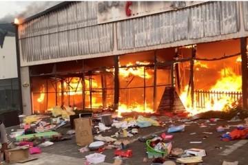 Neredi u Južnoj Africi: broj poginulih porastao na 72