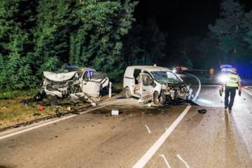 TEŠKA NESREĆA U ISTRI: U frontalnom sudaru vozač izgubio život, dvije osobe ozlijeđene!