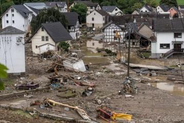 Jeziva bilanca: Broj mrtvih u poplavama u Njemačkoj popeo se na 81, traga se za oko 1300 ljudi