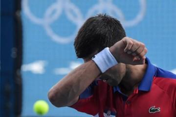 TOTALNI SLOM ĐOKOVIĆA! Prvi tenisać svijeta ostao bez medalje na Olimpijskim igrama