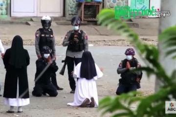 Snimka časne sestre koja preklinje vojnike u Mjanmaru obišla svijet: 'Vjerovala sam da će nas snaga ljubavi i Bog zaštititi'