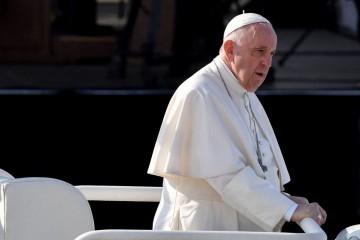 Papa Franjo: 'Vođeni pohlepom nastavili smo nesmiljeno dalje misleći da ćemo uvijek ostati zdravi u jednom bolesnom svijetu'