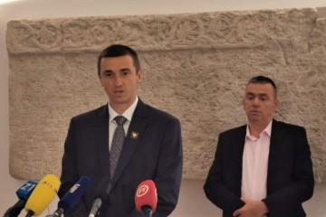 Mlinarić i Penava upozorili: Kako kontrolirati korisnike Zakona o civilnim žrtvama rata ako nema popisa agresora i pomagača?