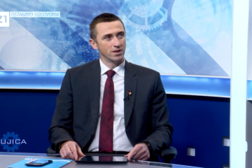 PENAVA osudio pozive na nasilje, ali zapitao što Baćanović ima protiv grba i zastave RH
