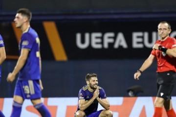 Kardinalne pogreške nisu jedini Dinamov problem: Modri ne igraju dobro, a Petković se previše odbija i treba još mišića za velike momke