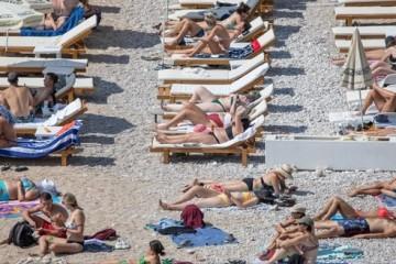 U listopadu svim turistima 50 posto jefitniji boravak