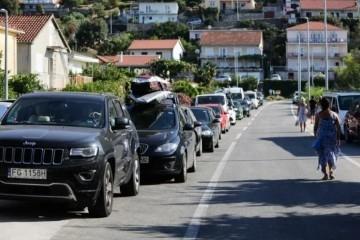 Turisti misle da se ovaj dalmatinski grad još zove po komunističkom političaru, šire to po društvenim mrežama
