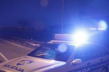 SIN ZATUKAO MAJKU KAMENOM! Šokantni prizori u obiteljskoj kući: Policija objavila mučne detalje!