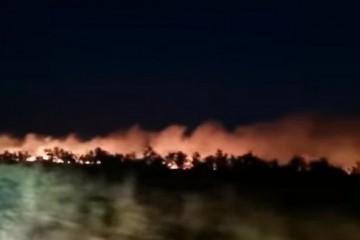Teška noć iza vatrogasaca, požar kod Ražanca pod kontrolom
