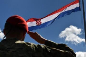 (Nije za mlađe od 18 godina!!)…Pavković: Kako su se ubijali hrvatski branitelji?…Dosad je izvršilo suicid čak oko 3300 hrvatskih branitelja…