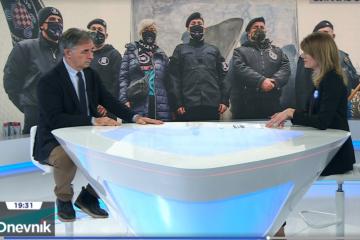 """Razgovor s Pupovcem: HRT-ovoj novinarki glavno pitanje """"ima li Vlada 'dovoljno hrabrosti' da se ZDS zakonski regulira"""" (VIDEO)"""