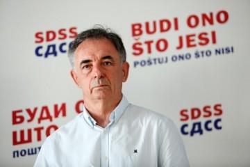 Nakon provokacije SDSS-ova Bačanovića, Pupovčev SNV dovodi u pitanje presude generalima
