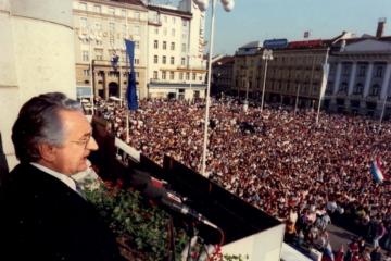 DAN KADA JE TUĐMAN ODLUČIO 'RASKRSTITI' SA JUGOSLAVIJOM: Podržalo ga je 94 posto Hrvata!