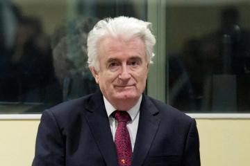 RATNI ZLOČINAC Radovan Karadžić se žali na azbest u britanskom zatvoru
