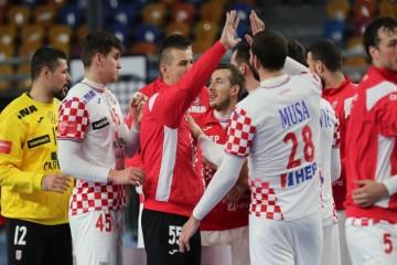 Nakon zabrinjavajućih vijesti o zdravstvenim problemima Martinovića i Duvnjaka, doznali smo hoće li biti u stanju igrati protiv Argentine