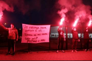 Navijači se oprostili od Saračevića: 'Za nas nema teže noći'