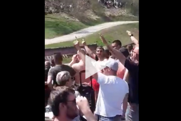 """(VIDEO) DOUŠNICI PORTALA """"NOVOSTI"""": """"PJEVAJU USTAŠKE KRAJ TITOVE KUĆE, a policija nije uredovala!"""""""