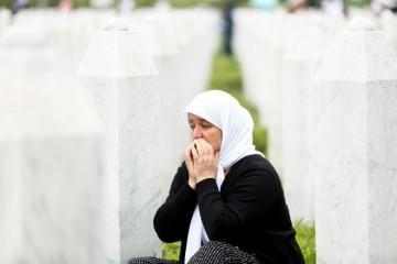 BLIŽI SE 26. GODIŠNJICA GENOCIDA U SREBRENICI, KARDINAL PULJIĆ: 'Neka se ova i slične komemoracije ne koriste  za podizanje tenzija'